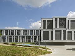 Dom Kultury i Urząd Gminy w Lubrzy
